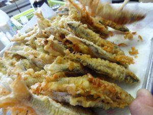 天ぷら ゆっくり骨まで柔らかく揚げる