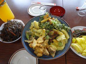 天ぷら、キンピラ、たくわん