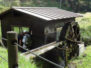 百足清水の水車小屋